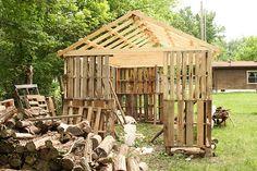 building the barn out of pallets