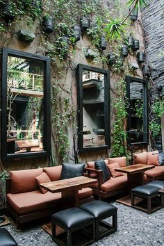 Cafe Shop Design, Coffee Shop Interior Design, Salon Interior Design, House Design, Pub Design, Outdoor Restaurant Design, Deco Restaurant, Restaurant Interior Design, Restaurant Furniture