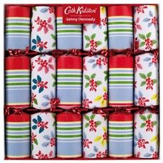 Undeterred in our quest for a retro Christmas, we bring you these Cath Kidston Christmas Crackers. Paris Christmas Market, Retro Christmas, Christmas Time, Christmas Ideas, Cath Kidston Vintage, Cath Kidston Christmas, Diy Christmas Crackers, Christmas Calendar, Pip Studio