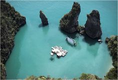 This amazing scenery is in the rocky shoreline of Yao Noi, Thailand. The Archipelago Cinema is part of the event organized by Film on the Rocks Yao Noi, a new film festival curated by Apichatpong Weerasethakul and Tilda Swinton.