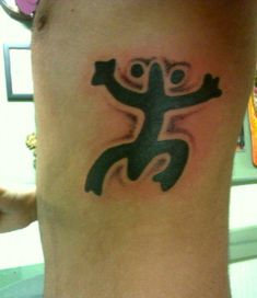 1000 images about interesting tattoos on pinterest for Puerto rican frog tattoo
