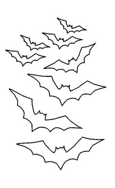 A photo of bat outlines which you can print out to make this cake Tattoo Outline, Outline Drawings, Halloween Doodle, Halloween Mug, Halloween Crochet, Stick Poke Tattoo, Spooky Tattoos, Halloween Decorations For Kids, Tattoo Ideas