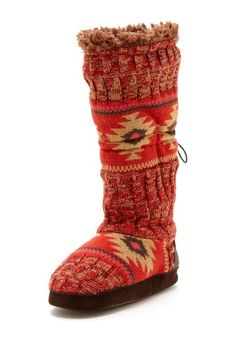 Texture Toggle Slipper Boot