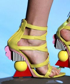 Yellow Crazyness: Christian Dior Sandals Couture Fall 2011 #Shoes #Wedges
