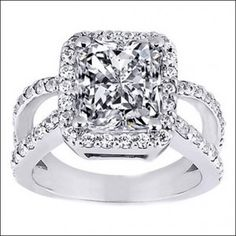Radiant cut rings for engagement