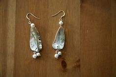 Dangle earrings with Pearls. 14K gold filled  by BellaTerraJewels