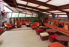 Frank Lloyd Wright embraced the desert with his Arizona home, Taliesin West Winter House, Winter Garden, Frank Lloyd Wright Buildings, Interior Garden, Built Environment, Modern Buildings, Interior Architecture, Mid-century Modern, Mansions