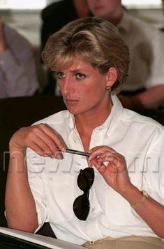 January 15, 1997: Diana, Princess of Wales at the International Red Cross headquarters in Luanda, Angola.