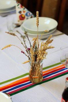 http://www.slubwbialej.pl/wp-content/uploads/dekoracje_folk-3.jpg