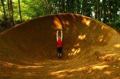 Mtb Trails, Mountain Bike Trails, Jump Park, Bmx Dirt, Bike Parking, World Of Sports, Motocross, Cool Designs, Backyard