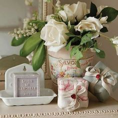 soap at Rose cottages and gardens [by Ana Rosa] Marseille Soap, Kate Forman, Deco Rose, Savon Soap, Decorative Soaps, Estilo Shabby Chic, Deco Floral, Rose Cottage, Cottage Style