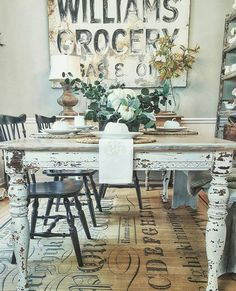 Self-confident dispatched shabby chic dining room table Farmhouse Dining Room Table, Kitchen Dining, Dining Table, Dining Rooms, Shabby Chic Zimmer, Cool Ideas, Dining Room Design, Sweet Home, Table Decorations