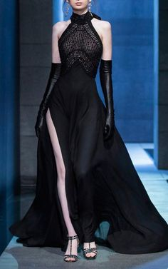 Elegant Dresses, Pretty Dresses, Couture Fashion, Runway Fashion, Couture Dresses, Fashion Dresses, Fantasy Gowns, Dark Fashion, Facon