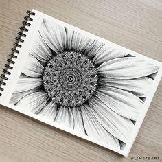 Limeteart ☾ Marta Martínez в Instagram: «1, 2, 3, 4 ó 5... ¿cuál es tu favorito?🌻 Os leo en comentarios 🤍 • #mandala #mandalas #mandalatattoo #tattoodesign #tattoo #zentangle…» Mandala Canvas, Mandala Artwork, Mandala Painting, Cute Doodle Art, Doodle Art Designs, Mandala Art Lesson, Mandala Drawing, Sunflower Mandala, Pichwai Paintings