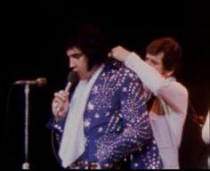 Elvis on stage in Greensboro in april 14 1972.