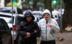 Frio volta, e temperatura na capital paulista vai cair para menos de 10°C - 06/07/2016 - Cotidiano - Folha de S.Paulo