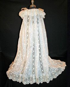 VICTORIAN MASTERPIECE IRISH CROCHET GOWN FOR CHILD c1885 ~ HAND EMBROIDERY