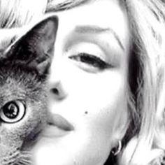 #PatriziaPellegrino Patrizia Pellegrino: Io adoro marylin credo abbia vissuto in maniera tanto triste e solitaria la sua esistenza! Siamo diverse ma comprendo le sue sofferenze di vita