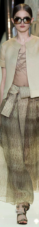 Armani Privé.          Spring 2015.           Couture Collection.