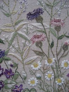 japanese embroidery book http://www.flickr.com/photos/lknosp/2152040471/in/photostream/