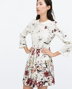 Image 2 of PRINTED FRONT PLEAT DRESS WITH POCKET from Zara