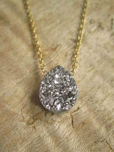 Silver Druzy Necklace Druzy Quartz Necklace by julianneblumlo Cute Jewelry, Jewelry Box, Jewelry Accessories, Fashion Accessories, Fashion Jewelry, Bridal Accessories, Wedding Jewelry, Jewlery, Bling Bling