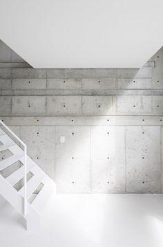 Skeleton House |  Japan.