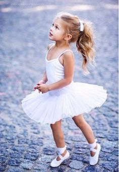 Looks like a hybrid of Jasmine and Noelle. Baby Ballet, Little Ballerina, Toddler Ballet Outfit, Toddler Ballerina Costume, Ballerina Outfits, Cute Kids Photography, Ballet Photography, Dance Photos, Dance Pictures