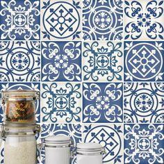 Wenden Sie dieses Wandaufkleber für Fliesen Spanisch Modell Blau (Pack mit 16) in jeder flachen Oberfläche (Wände, Fenster, Türen, Möbel).
