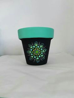 Clay Flower Pots, Flower Pot Crafts, Ceramic Flower Pots, Clay Pot Crafts, Dot Art Painting, Pottery Painting, Mandala Painting, Painted Plant Pots, Painted Flower Pots
