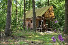 La Cahutte, mi cabane mi tente au #glamping Huttopia à Senonches en Centre Val de Loire