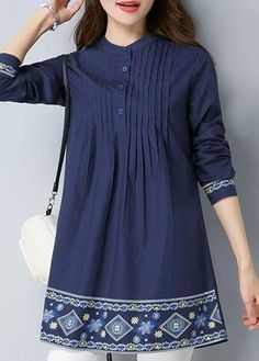 Girls Dresses Sewing, Stylish Dresses For Girls, Stylish Dress Designs, Casual Dresses, Simple Pakistani Dresses, Pakistani Fashion Casual, Pakistani Dress Design, Kurta Designs, Kurti Designs Party Wear