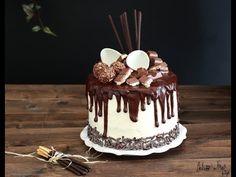 Drip cake tutorial italiano e video ricetta - Ganache Drip cake al cioccolato Cupcakes, Cupcake Cakes, Cake Icing, Drip Cake Tutorial, Nake Cake, Drop Cake, Chocolate Drip Cake, Novelty Birthday Cakes, Cake & Co