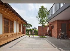 Completed in 2012 in Seongnam-si, South Korea. Images by Yoon Joon-Hwan. This contemporary red brick house embraces Hanok, a traditional Korean architecture, for a family with two children near Seoul. Clients had specific...