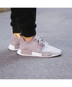 10 Adidas NMD R1 Gris Blanc Baskets Chaussures UK 8 11 12 8.5