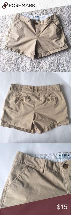 OLD NAVY Khaki Shorts Gently worn once. Khaki shorts. Size 4. Old Navy Shorts