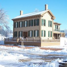 Abraham Lincoln's home in Springfield, Illinois, as it looks now. (Winter.)