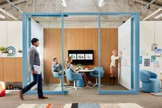 Modern Home Office Design is unconditionally important for your home. Whether you pick the Modern Home Office Design or Office Design Corporate Workspaces, you will make the best Office Interior Design Ideas Work Spaces for your own life. Corporate Office Design, Office Space Design, Corporate Interiors, Office Interior Design, Office Interiors, Office Designs, Open Office, Cool Office, Office Meeting
