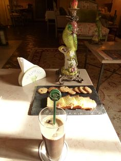 "Merenda, ""Hotel Le Saint Paul"", Saint-Paul de Vence, France (Marzo)"