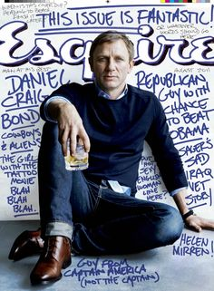 Esquire Offers James Bond Fashion Tips, Daniel Craig Interview, Hayley Atwell Pictures Daniel Craig is on the cover of the newest issue o. Jeans Bleu, Navy Jeans, Kino Theater, Photo New, Handwritten Text, Cover Boy, Outfits Hombre, Blue Shirt Dress, Men's Clothing