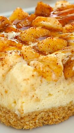 Caramel Apple Cheesecake Bars | apple desserts