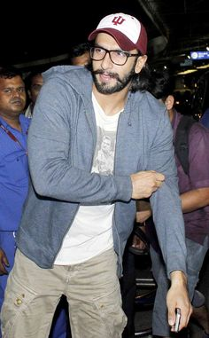 Ranveer Singh, sporting a casual look, leaving Mumbai for the South Africa India Film and Television Awards (SAIFTA) #Bollywood #Fashion #Style