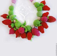 """Слингобусы """"Клубничное счастье!"""" - клубника, малина, много красных и зеленых ягод и листиков. Crochet Necklace, Toys, Jewelry, Activity Toys, Crochet Collar, Jewels, Schmuck, Jewerly, Jewelery"""