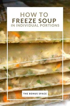 It's finally soup season! Unfortunately, homemade soups typically only last 3-4 days in the fridge! However, most soup recipes yield way too many servings to finish in one sitting! This easy and convenient soup freezing trick lets you to store and defrost soups in individual portions! A true game changer! #freezingsoup #individual #portions #servings #foodprep #soupseason #soupweather #soups #freezerorganization #spacesaver #freezer #foodstorage Freezer Burn, Freezer Cooking, Freezing Soup, Turkey Noodle Soup, Freezer Organization, Homemade Soup, Game Changer, Soup Recipes, Meal Prep
