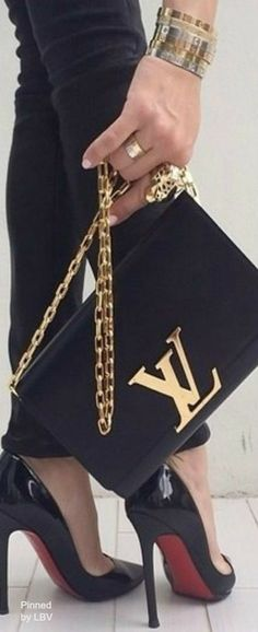 Classic Chain Strap shoulder bag by LV....Dress like a lady <3