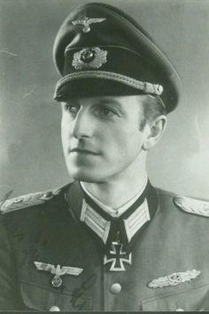 ✠ Hans-Gunar Schwieger (September 25th, 1910 - May 23rd, 1994) RK 23.09.1943 Major Kdr Div.Füs.Btl 72 72. Infanterie – Division