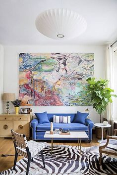 Browse the Domino Galleries for thousands of stylish home decor inspiration, photos, furniture ideas and accessories. Explore interior design styles and furniture layouts for every room and color. Apartment Needs, First Apartment, Apartment Living, Living Room Decor, Living Spaces, Living Rooms, Decorating Your Home, Decorating Ideas, Interior Decorating