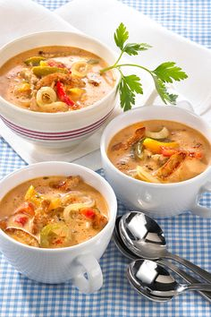 Savory gyros soup Delicious and popular with guests - Snack Mix Recipes Snack Mix Recipes, Meat Recipes, Cooking Recipes, Healthy Recipes, Healthy Soup, Good Food, Yummy Food, Soups And Stews, Casserole Recipes
