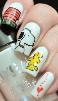 Snoopy Nail Art---this is just to cute!!