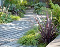 Modern Landscaping by Bernard Trainor + Associates | Plastolux